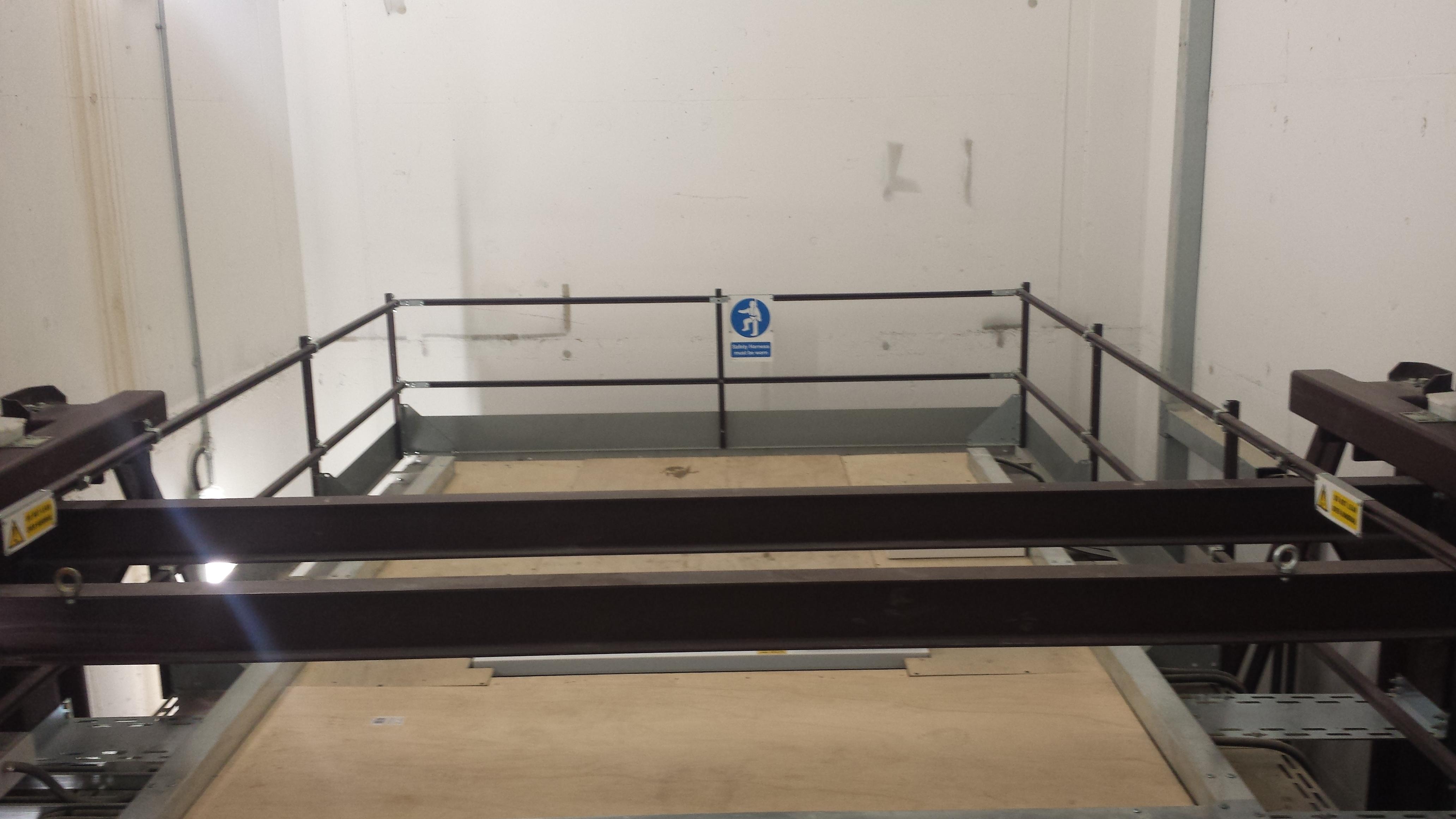 heavy duty car vehicle lift installation - St James