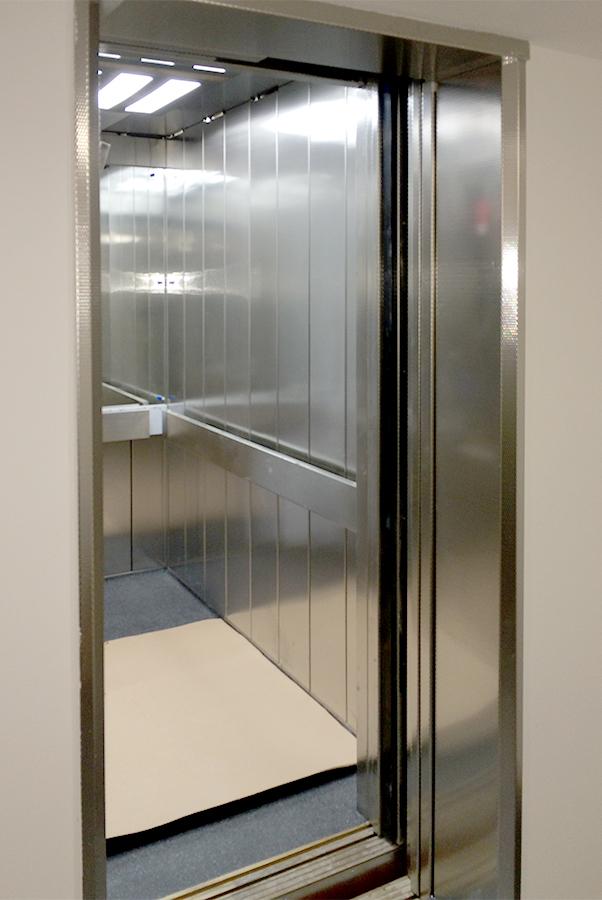 MRL passenger lift